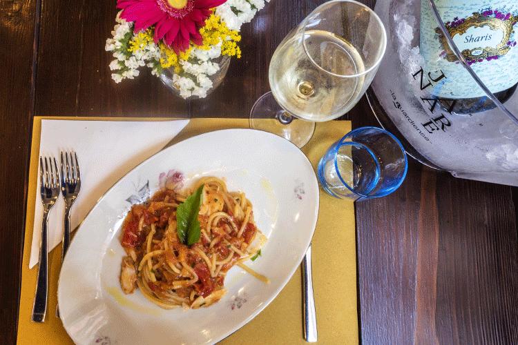 spaghetti-pomodori-piennolo-baccala